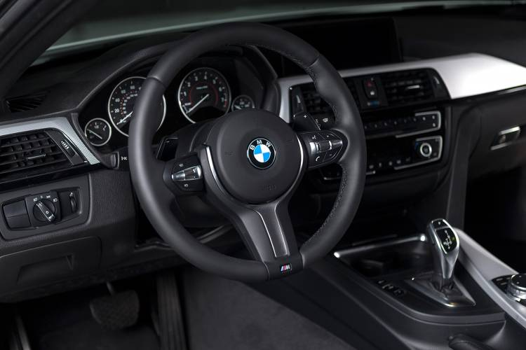 bmw-435i-zhp-coupe-2015-20-1440px