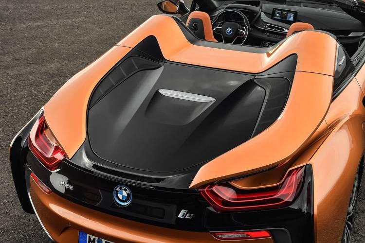 bmw-i8-roadster-2018-18