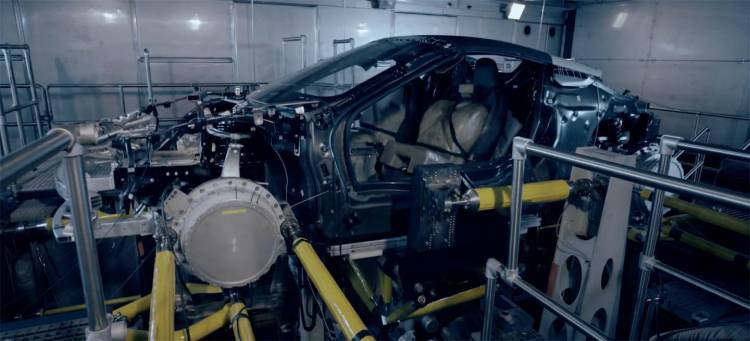 bmw-i8-roadster-pruebas-fabrica-05