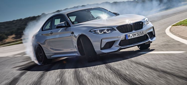 Bmw M2 Competition Blanco Derrapando