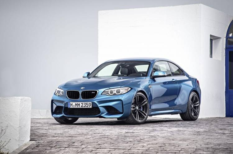 bmw-m2-coupe-2016-11