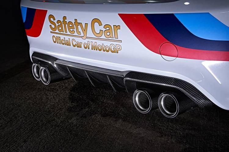 bmw-m2-motogp-safety-car-2016-07
