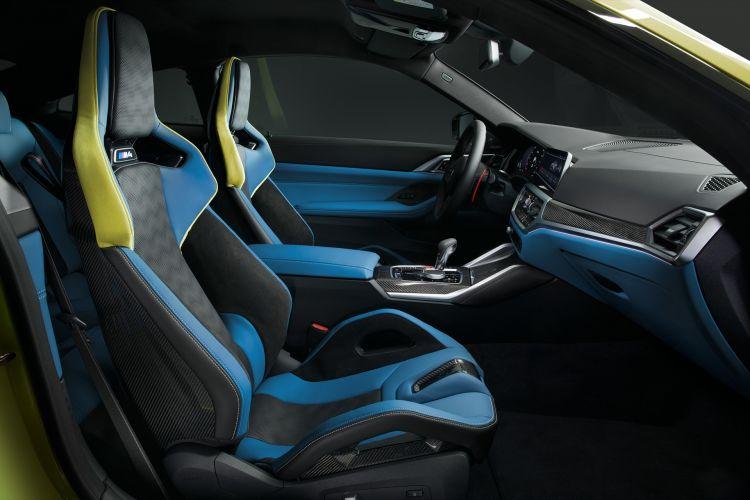Bmw M4 Competition Coupe Amarillo Interior