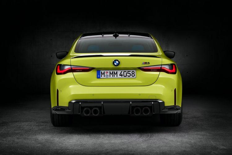 Bmw M4 Competition Coupe Amarillo Trasera