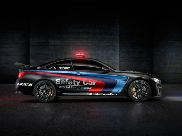 bmw-m4-coupe-2015-safety-car-motogp-01-1440px