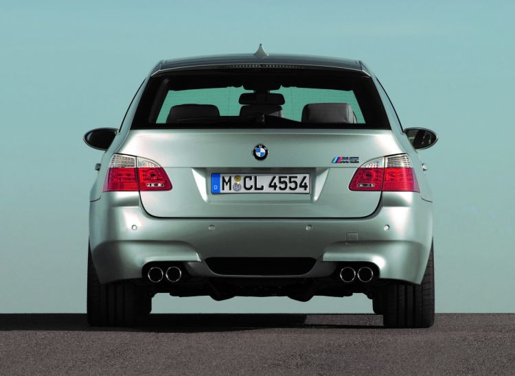 Bmw M5 Touring E34 E61 11