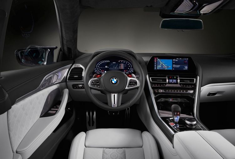 Bmw M8 Gran Coupe 101
