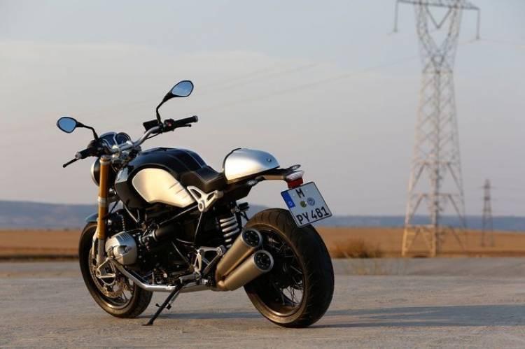 BMW R nineT, homenaje en clave café racer a los 90 años de BMW Motorrad