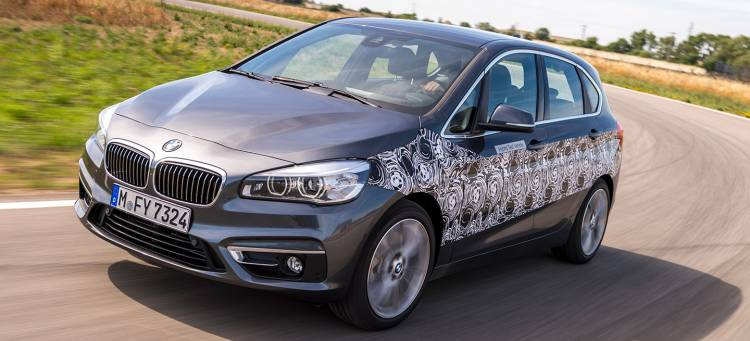 bmw-serie-2-active-tourer-plug-in-hybrid-prototype-2015-10-1440px