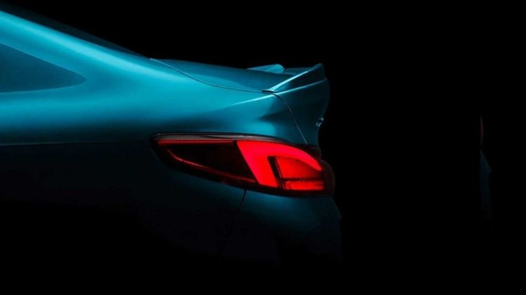 Bmw Serie 2 Gran Coupe Teaser 1019 001