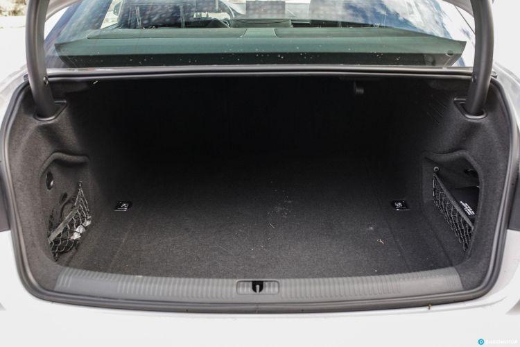 Bmw Serie 3 Vs Audi A4 Vs Mercedes Clase C 29