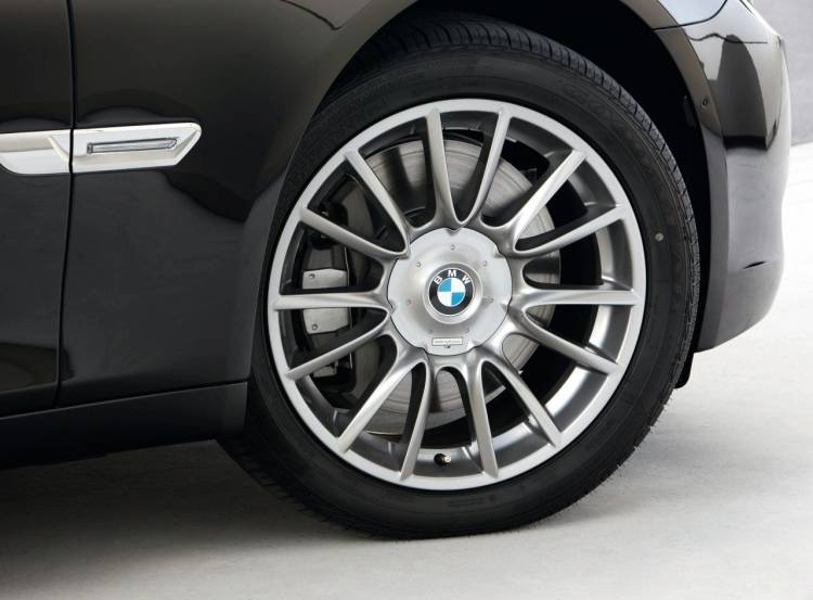 bmw-serie-7-individual-01