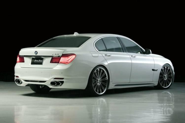 BMW Serie 7 Wald