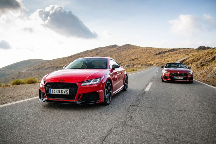 Bmw Z4 Audi Tt Rs 5