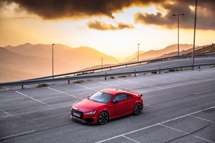 Bmw Z4 Audi Tt Rs 70