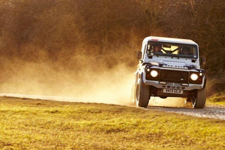 Bowler Land Rover 1219 007