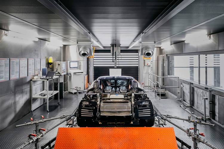 bugatti-chiron-fabrica-14