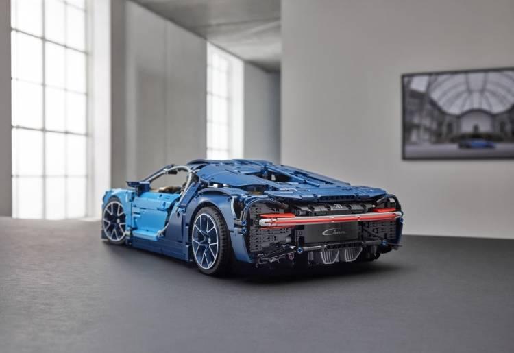 Bugatti Chiron Lego 0618 004