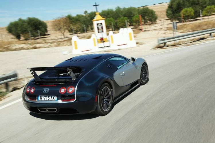 bugatti-veyron-ficha-1017-098