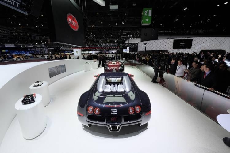 bugatti-veyron-grand-sport-vitesse-la-finale-040315-04
