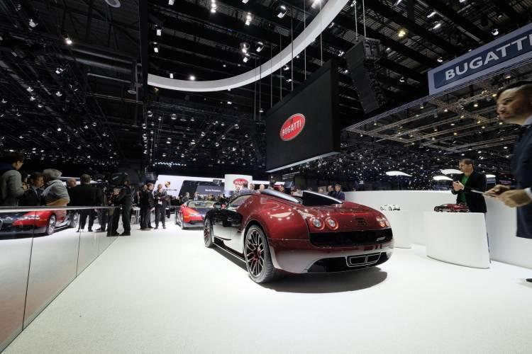 bugatti-veyron-grand-sport-vitesse-la-finale-040315-07