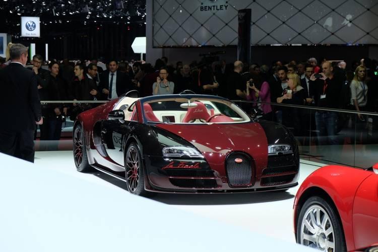 bugatti-veyron-grand-sport-vitesse-la-finale-040315-11
