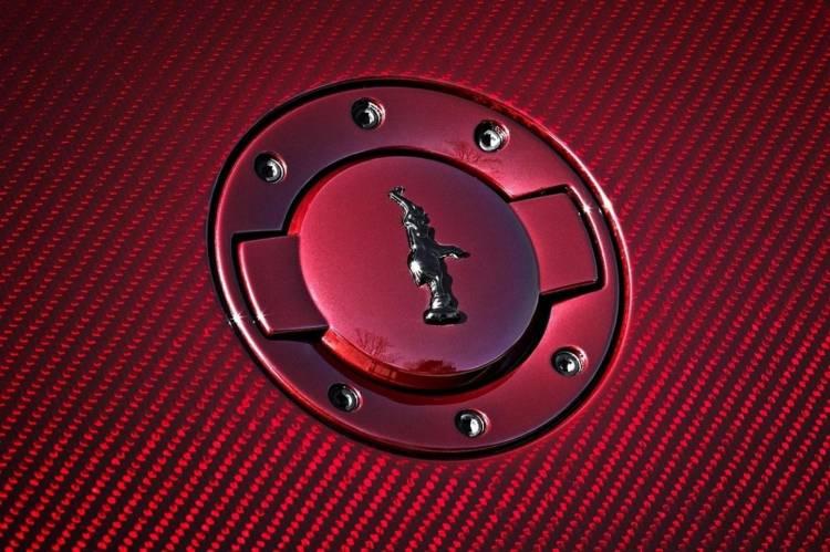 bugatti-veyron-la-finale-020315-05