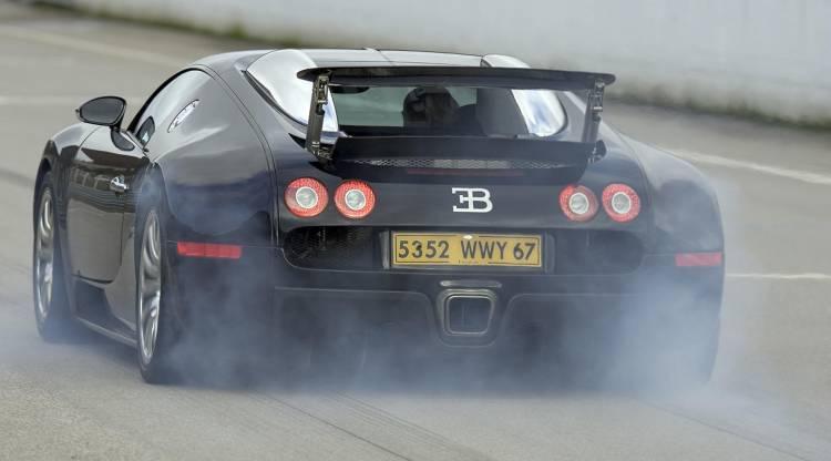 bugatti-veyron-precio-mantenimiento