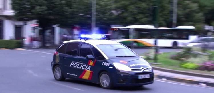 c4-policia-al-agua-2
