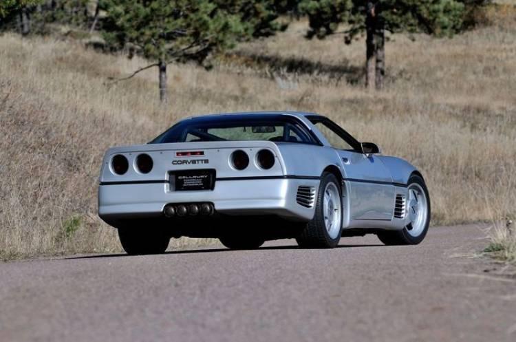Tuning clásico: Callaway Sledgehammer Corvette (1988), el Veyron de su época