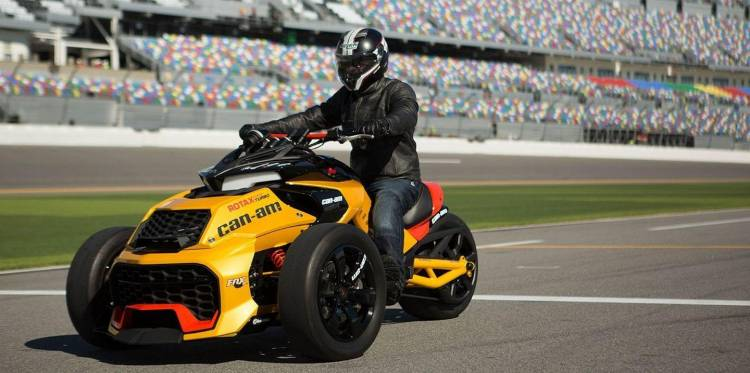 can-am-spyder-turbo-1
