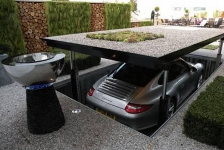 Cardok, guarda tu coche bajo tierra en el jardín