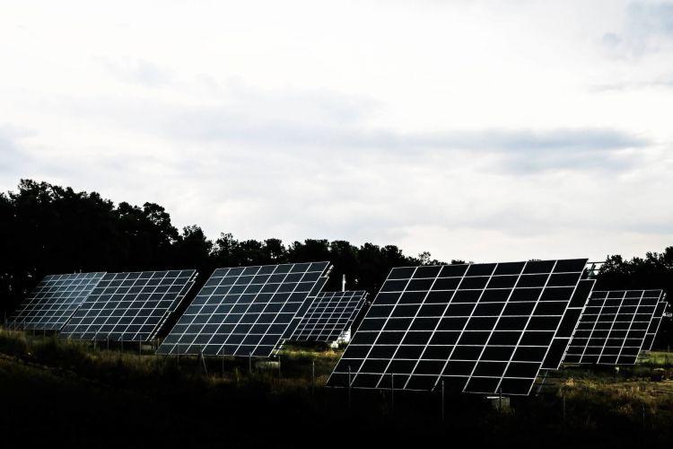 Cargar Coche Electrico Placas Solares Noresinzig 02