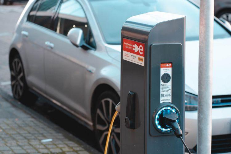 Cargar Coche Electrico Placas Solares Noresinzig 03
