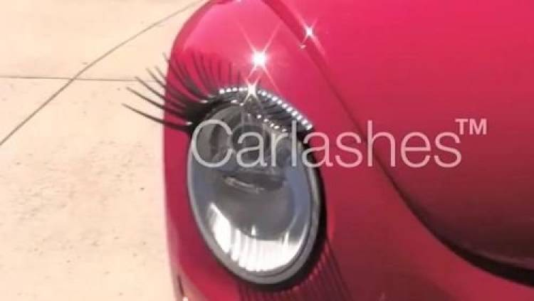 VW New Beetle carlashes