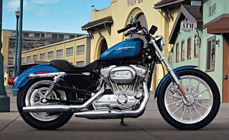 Nuevos requisitos para acceder al carnet A de moto: más difícil y caro