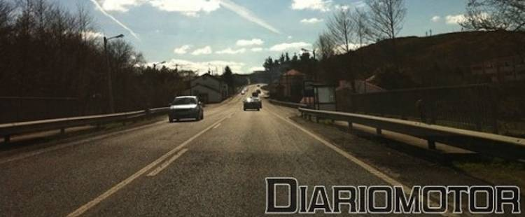 carretera-dia-soleado-dmpbcd