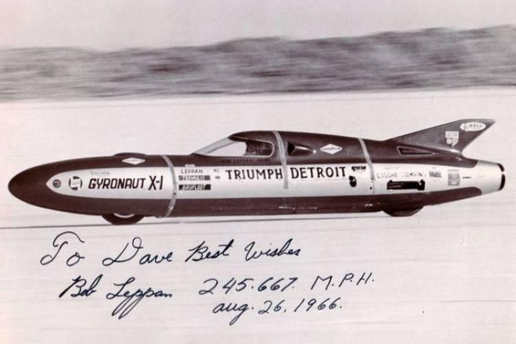 Castrol Rocket, la Triumph que tratará de romper la barrera de las 400 millas por hora