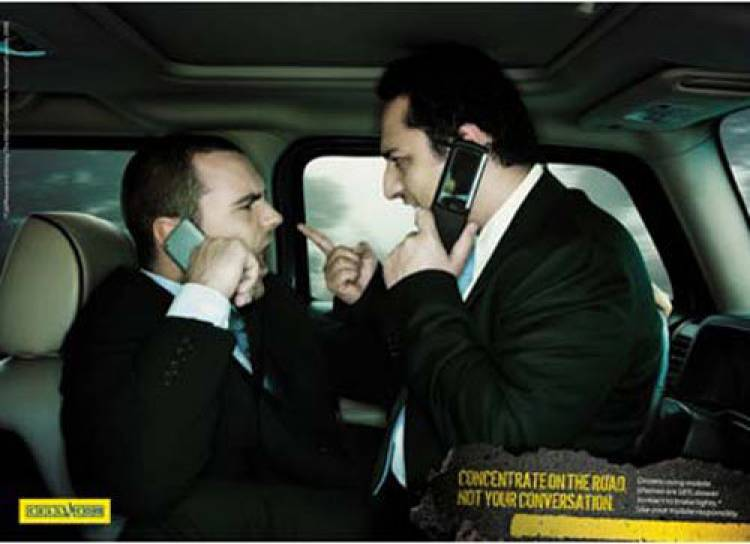 Campaña contra el uso del teléfono móvil mientras se conduce