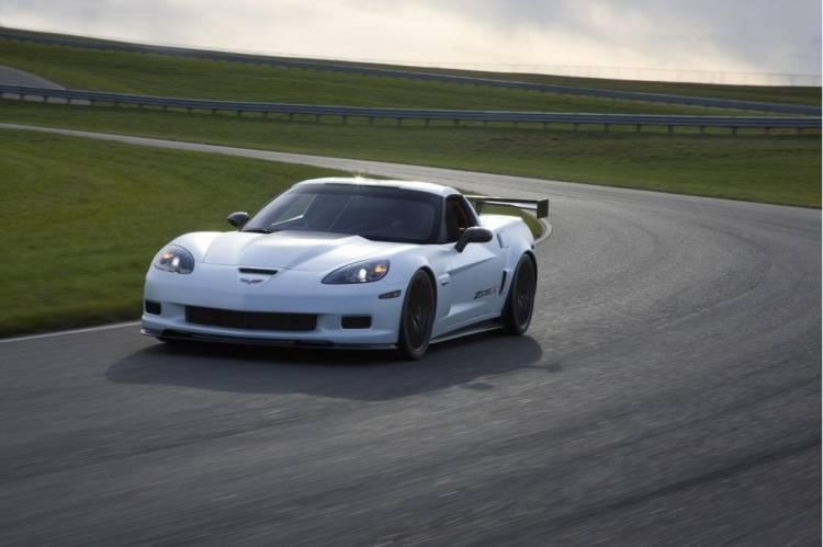 chevrolet-corvette-z06x-track-dm-1