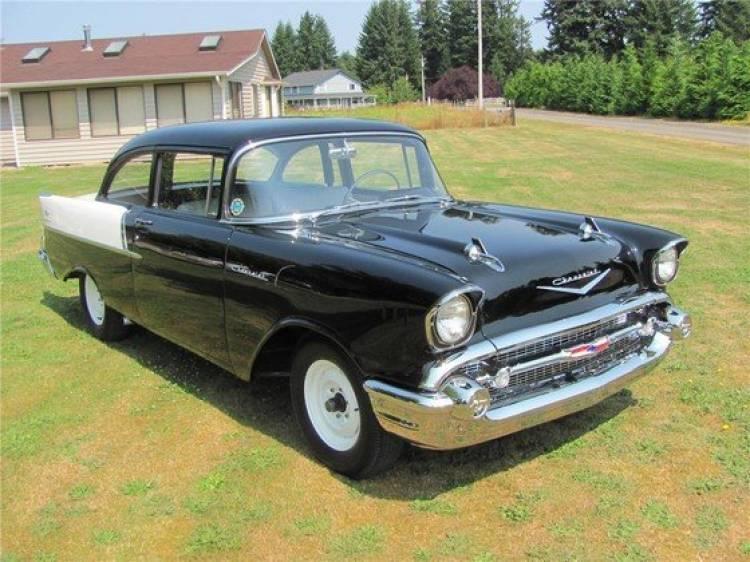 1957 Chevrolet NASCAR Black Widow, el corredor sale a subasta