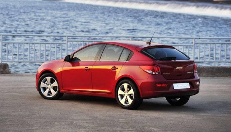 Chevrolet Cruze 5P