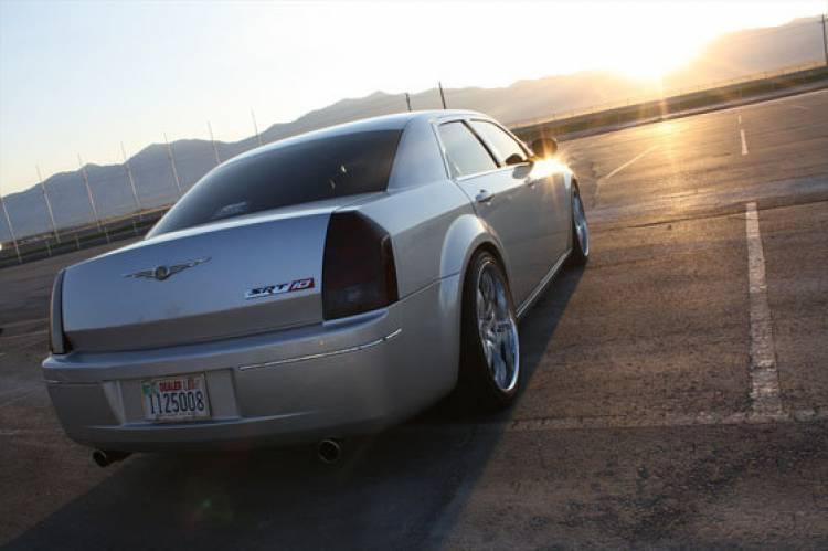 Chrysler 300C SRT10