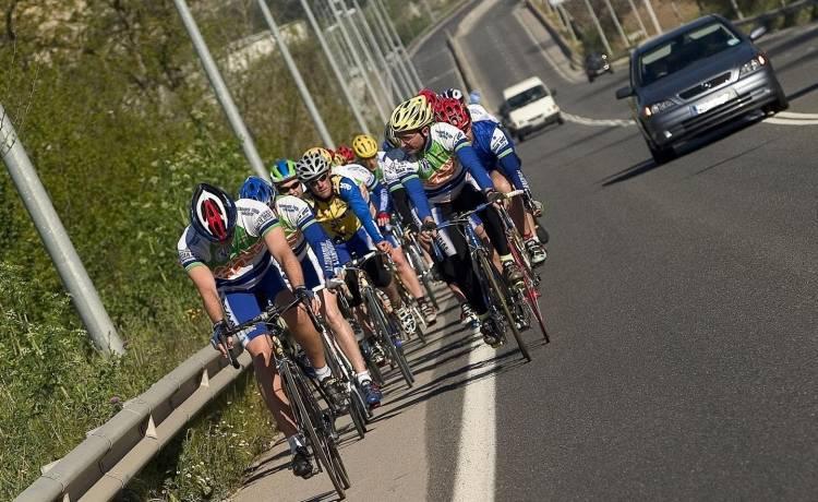 ciclista-carretera-dgt-0517-02