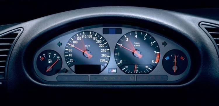cinco-elementos-coche-moderno-2