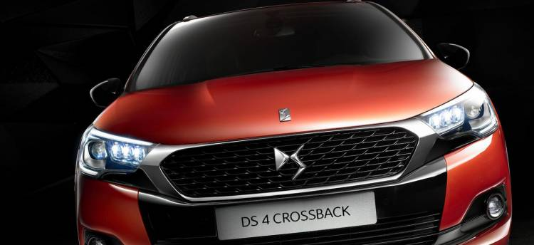 citroen_DS_4_crossback_DM_2015_5