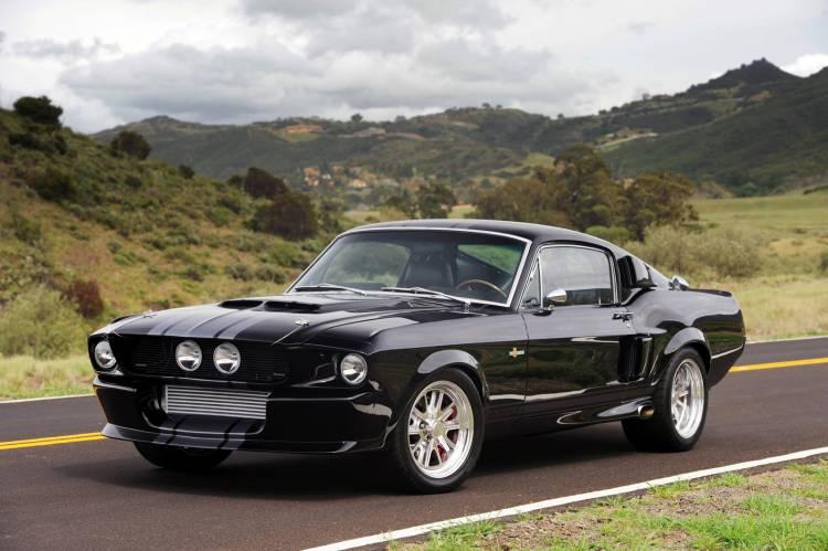 Shelby Mustang GT500CR Venom por Classic Recreations