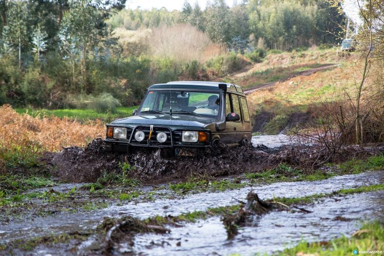 Coche Sucio Land Rover Discovery