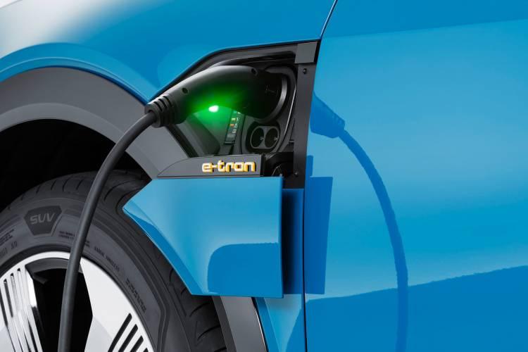 Coches Electricos Diesel Precio Recarga Electrolinera 01