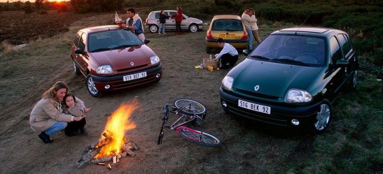 Coches Zombis Renault Clio